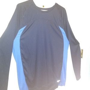 Old Navy RecTech dry fit long sleeved shirt